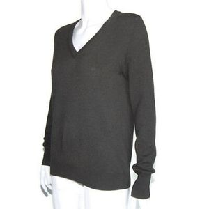 Cashmere sweater in olive green